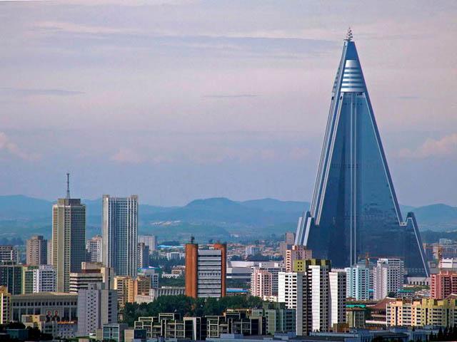 Ryugyong-Hotel.jpg
